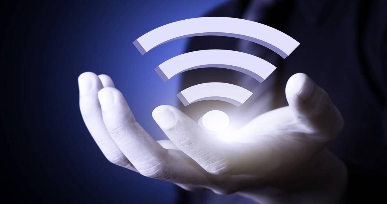 Dangers Of Connecting To Public WIFI And Keys To Avoid Them