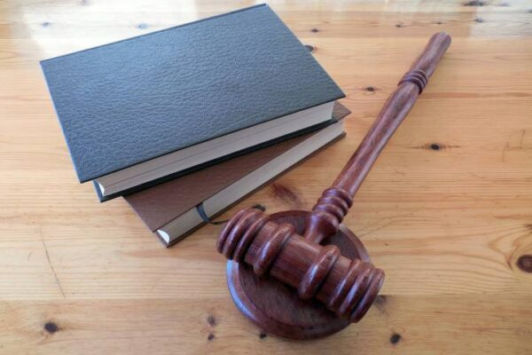 What Is a Personal Injury Lawyer and When to Hire One?